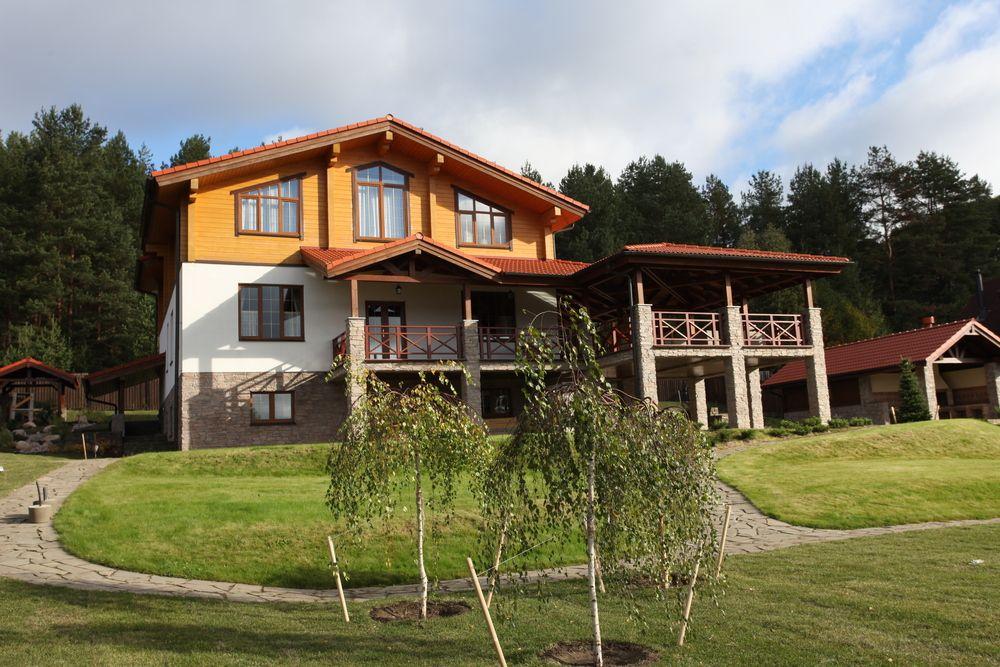 Ограждение террас и балконов из лиственницы