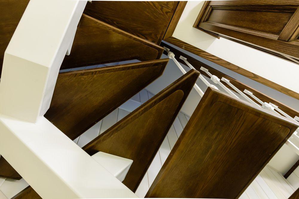 Лестница на третий этаж