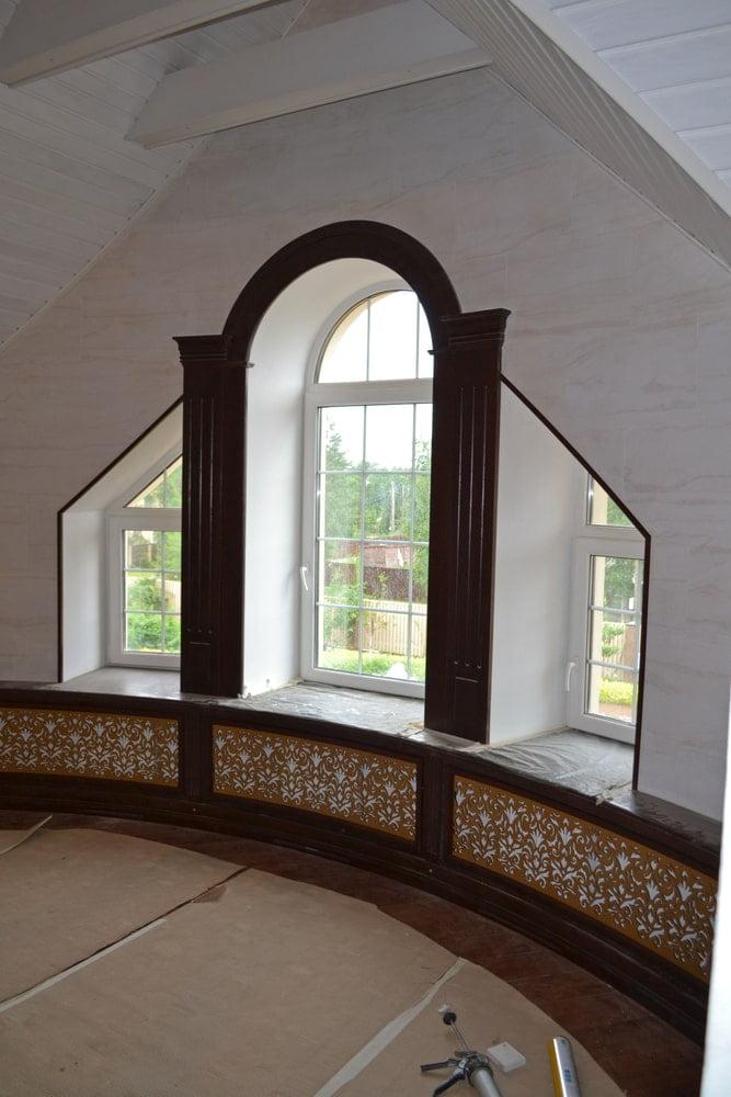 Оформление окна, подоконника и радиатора отопления