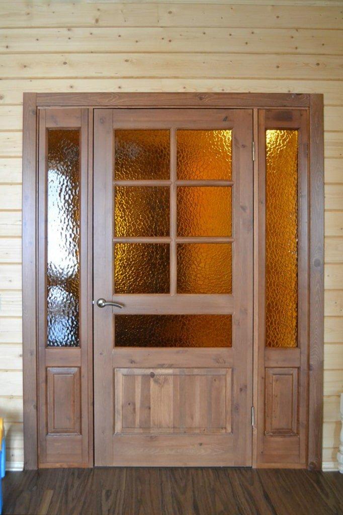 Межкомнатные двустворчатые двери из сосны